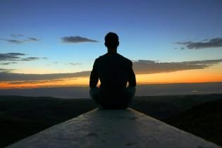 Comment améliorer son sommeil grâce à la méditation ?